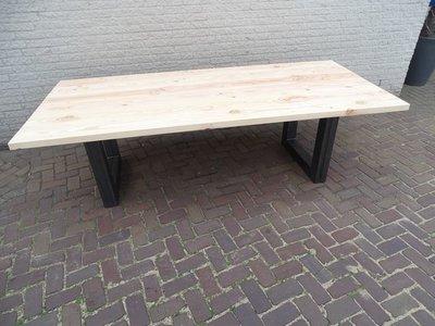 Tuintafel TW Utrecht - Douglashout