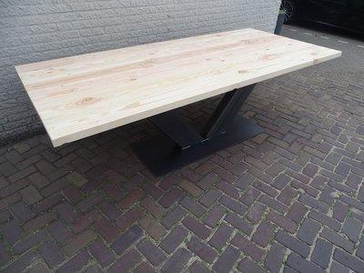 Tuintafel TW Volendam - Douglashout